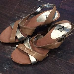 A2 by Aerosoles tan and gold never worn sandals